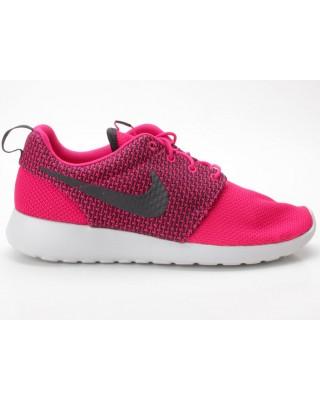 Nike Rosherun 511881 662 rot-pink